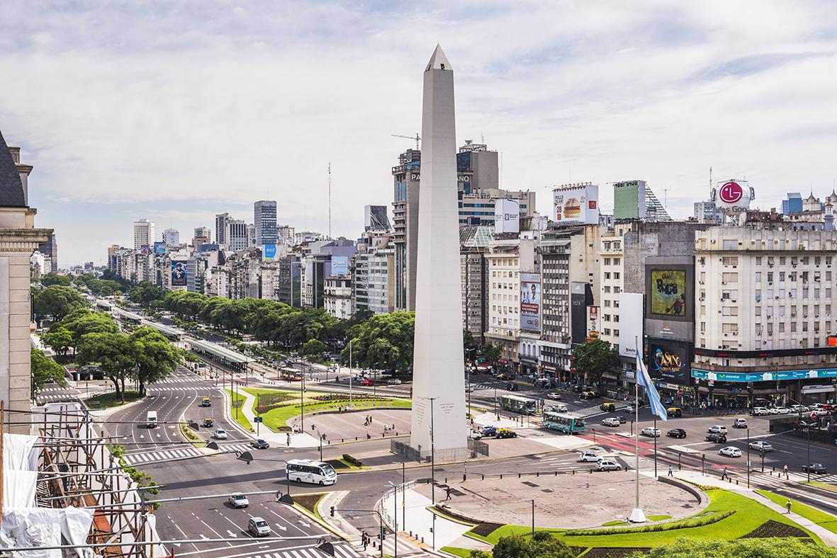 Obelisco and Avenida 9 de Julio